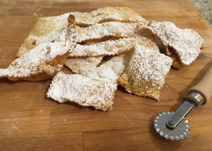 crostoli e tortellini recipe featured